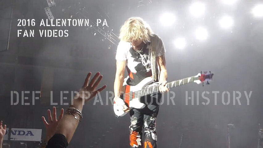Def Leppard 2016 Allentown, PA Fan Videos.