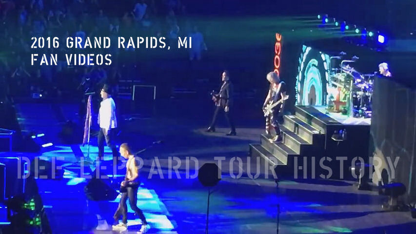 Def Leppard 2016 Grand Rapids, MI Fan Videos.